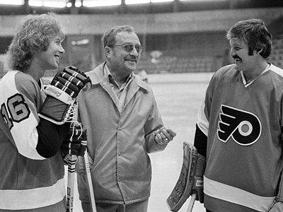 Former Flyers coach Fred Shero, seen here with Bobby Clarke, left, and Bernie Parent, is not in this year´s Hall of Fame class. (AP File Photo)