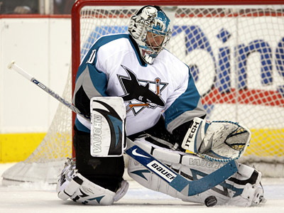 Evgeni Nabokov had a .922 save percentage and three shutouts with the San Jose Sharks last season. (AP Photo/Paul Connors)