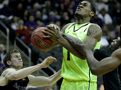 Baylor´s Perry Jones III could be an option for the Sixers with the 15th pick. (AP Photo / Charlie Riedel)