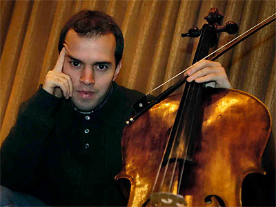 Efe Baltacıgil, associate principal cellist of the Philadelphia Orchestra, has accepted the principal cellist spot with the Seattle Symphony Orchestra. (File photo: Michael Perez)