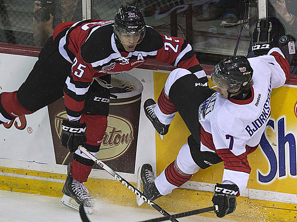 Defenseman Darnell Nurse (left) could be drafted before the Flyers select at No. 11. (AP Photo)