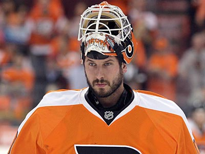 Michael Leighton signed a two-year deal yesterday, but should he be the starter next season? (Yong Kim / Staff File Photo)