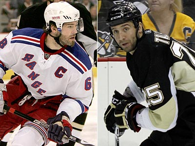 Jaromir Jagr (left) signed a one-year deal with the Flyers, while Maxime Talbot (right) signed for five years. (AP Photos)