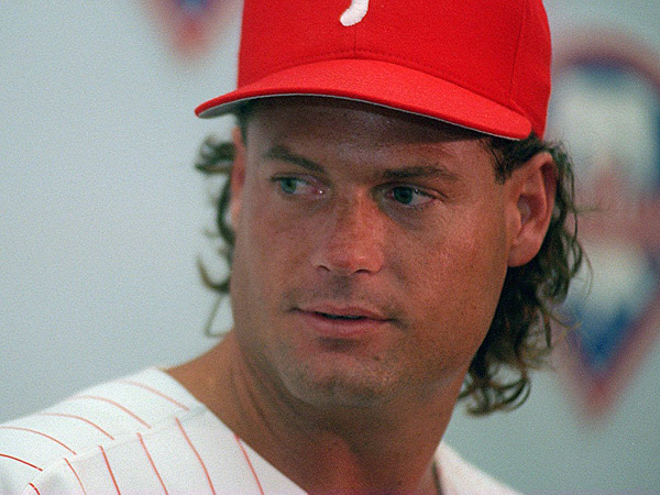 Former Phillies catcher Darren Daulton, seen here in an August 1994 file photo. (Akira Suwa/Staff file photo)