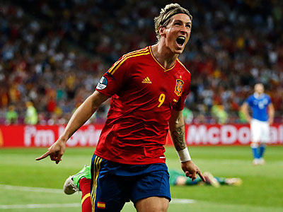 Fernando Torres has been on all three of Spain´s championship-winning teams. (Matthias Schrader/AP)
