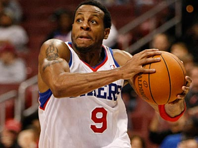 Andre Iguodala said there was a remote chance he would play overseas, but would listen to offers. (Michael S. Wirtz/Staff file photo)