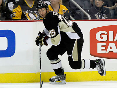 The Flyers originally gave Max Talbot a five-year, $9 million contract. (AP file photo)
