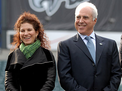 Eagles owners Christina and Jeffrey Lurie announced Wednesday they plan to end their 20-year marriage. (Tom Gralish/Staff file photo)