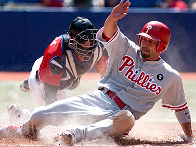 The Phillies will decide by Thursday if Shane Victorino will play this weekend against the Braves. (Chris Young/The Canadian Press/AP)