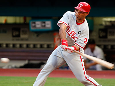 Could Raul Ibanez be the lefthanded power bat off the bench for the Phillies? (Wilfredo Lee/AP)