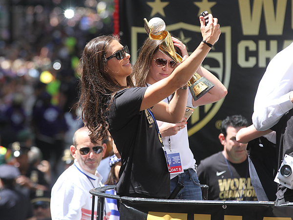 Carli Lloyd took a selfie with the Women´s World Cup trophy during Friday´s parade in New York. (David Swanson/Staff Photographer)