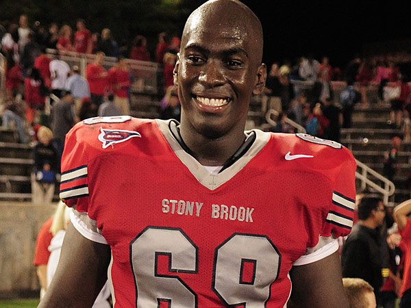 NFL free agent Michael Bamiro. (Photo via Stony Brook University´s Flickr)