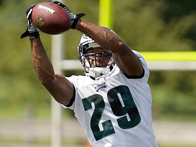 Eagles safety Nate Allen has been splitting reps with Jarrad Page. (Yong Kim/Staff file photo)
