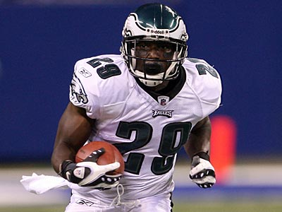 LeSean McCoy led the Eagles in rushing last season with 637 yards and four touchdowns on 155 carries. (Yong Kim / Staff File Photo)