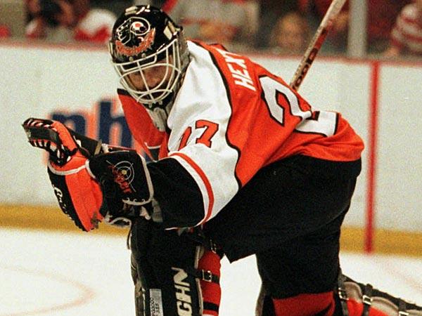Former Flyers goalie Ron Hextall. (Tom Pidgeon/AP file photo)
