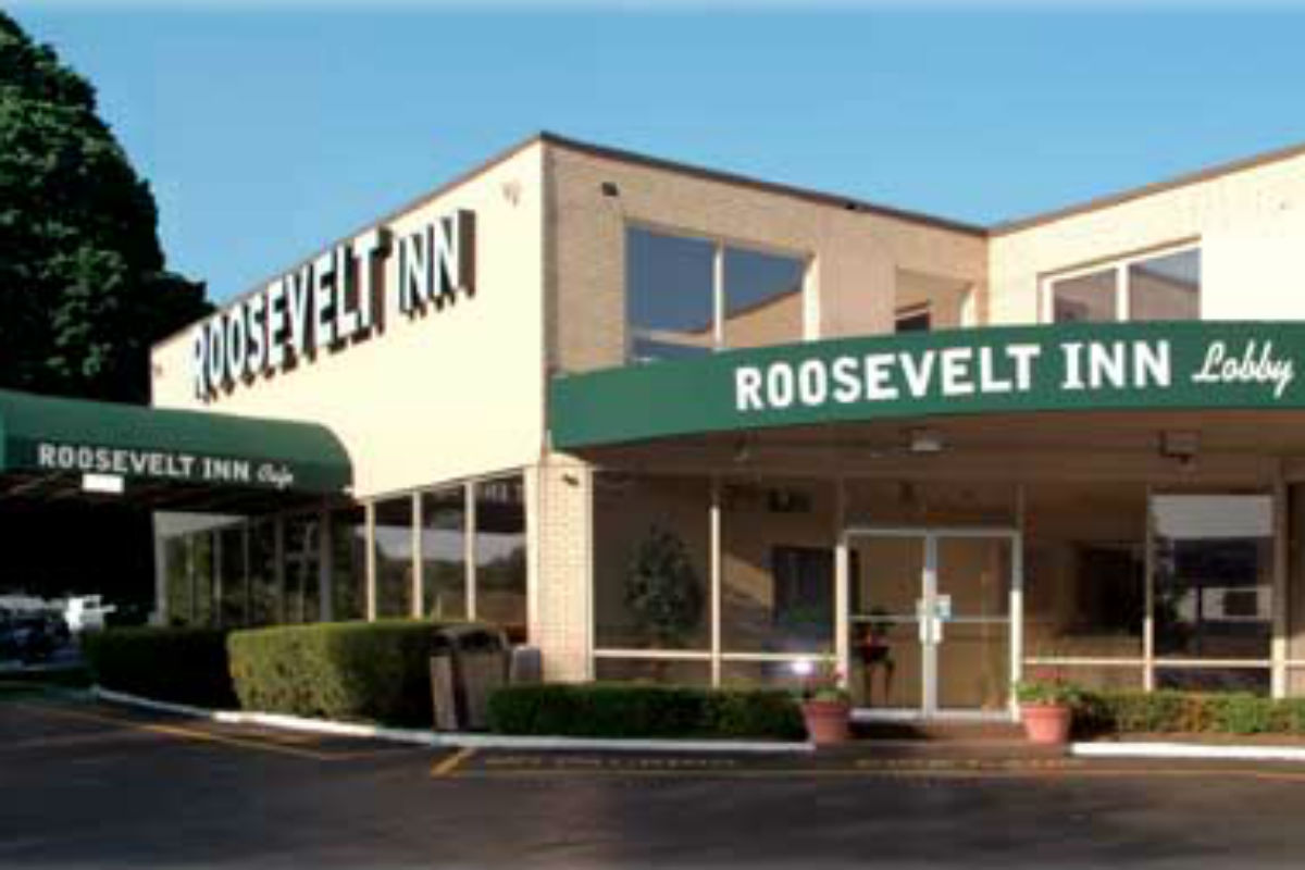 Police women found suffocated bound in rhawnhurst motel for Roosevelt motor inn philadelphia pa