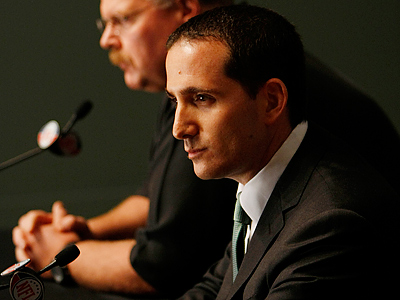 Howie Roseman and the Eagles are stuck in limbo while the NFL lockout continues. (Michael S. Wirtz/Staff file photo)