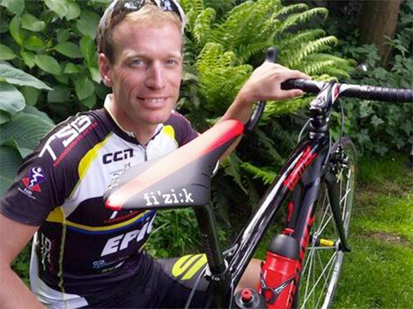 Globe-trotting Dutch cyclist Maarten de Jonge has cheated death twice after swapping flights and avoiding both doomed Malaysia Airlines flights involved in disasters over the past four months.