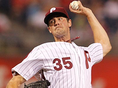 Cole Hamels will face Matt Cain for the first time since Game 3 of the NLCS. (Ron Cortes/Staff Photographer)