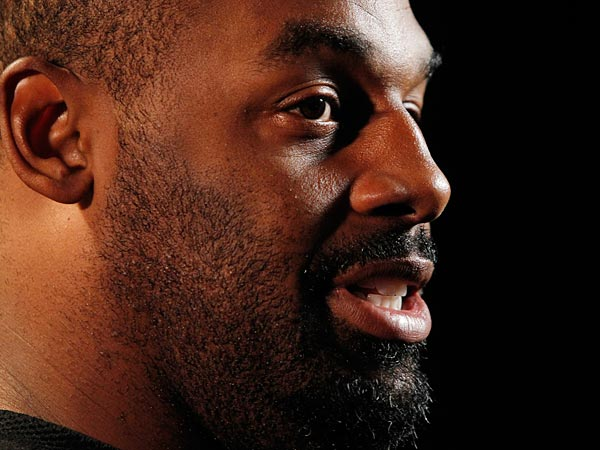 Donovan McNabb will officially retire as an Eagle and be honored at halftime of the team's game against the Kansas City Chiefs. (AP Photo/Genevieve Ross)