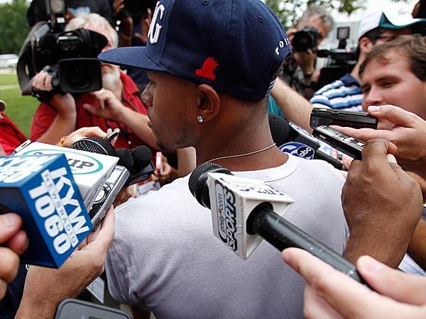 DeSean Jackson, center, talks with reporters. (David Maialetti/Staff Photographer)