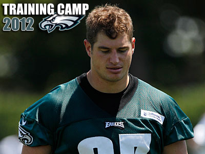 Brent Celek left practice with a knee sprain on Thursday. (Matt Rourke/AP)