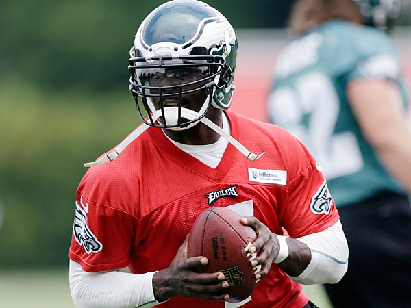 Eagles quarterback Michael Vick. (AP Photo)