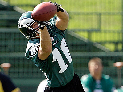 The Eagles signed WR Chad Hall off their practice squad to replace he injured Riley Cooper.  (Yong Kim / Staff file photo)