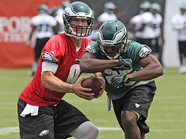 Eagles quarterback Nick Foles and running back LeSean McCoy. (David M Warren/Staff Photographer)