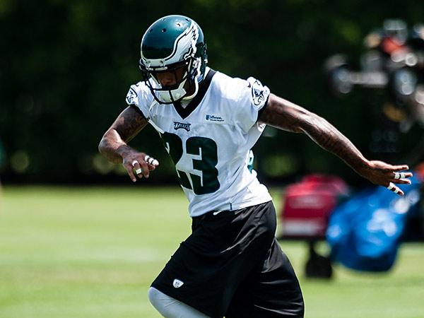 Eagles cornerback Nolan Carroll could get a shot at returning kicks if Josh Huff can´t play. (Matthew Hall/Staff file photo)