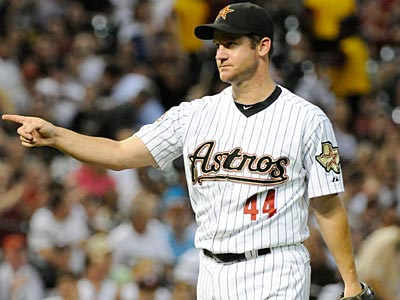 The Phillies could be close to acquiring Houston Astros´ pitcher Roy Oswalt, according to reports out of Houston. (AP Photo / Pat Sullivan)