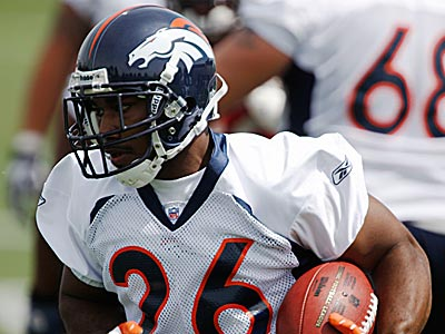 The Eagles acquired running back J.J. Arrington from Denver. (AP Photo/David Zalubowski)