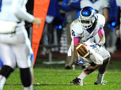 Paul VI´s Zach Grant has made a commitment to play football at Temple.  (Clem Murray / Staff Photographer)