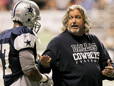 Dallas defensive coordinator Rob Ryan, right, talks to Victor Butler during an NFL training camp practice. (Darren Abate/AP Photo)