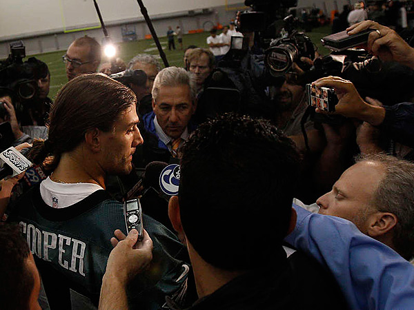 Riley Cooper addresses the media at Thursday´s practice. (David Maialetti/Staff Photographer)