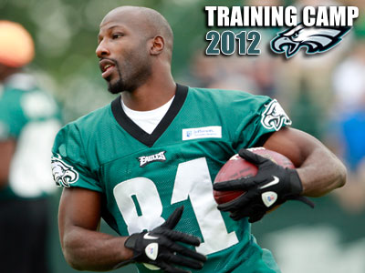 Jason Avant is a member of the Eagles´ ´hands team´. (Yong Kim/Staff Photographer)
