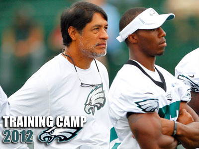 Eagles defensive coordinator Juan Castillo watches practice with his players. (Rich Schultz/AP)