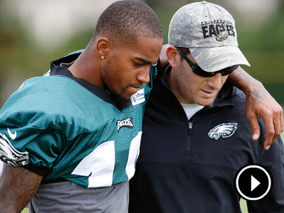 DeSean Jackson and Eagles GM Howie Roseman talk after learning about the death of Garrett Reid. (David Mailetti/Staff Photographer)