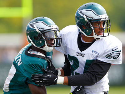 Nnamdi Asomugha, right, will return to practice Thursday. (AP Photo/Rich Schultz)