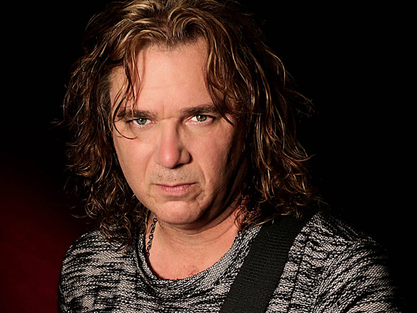 Billy Sherwood, new bassist for Yes band.