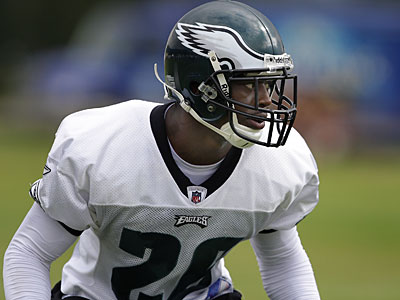 Eagles cornerback Lito Sheppard responded today to Jeffrey Lurie´s comments that he could improve his YPA this season. (David Maialetti /Daily News)