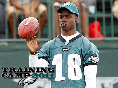Jeremy Maclin has only been able to watch Eagles practice from the sidelines. (Yong Kim/Staff Photographer)