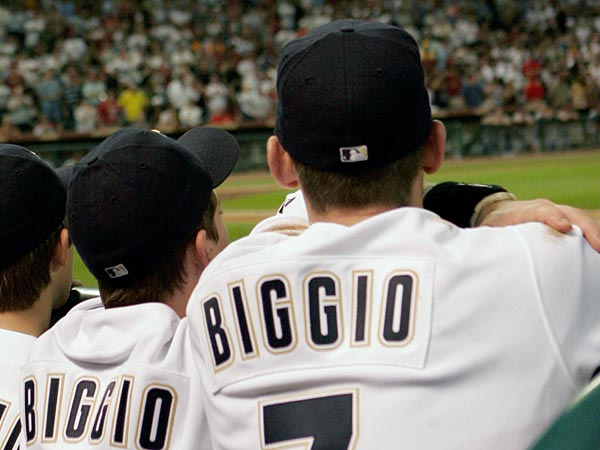 Houston Astros Craig Biggio looks towards the field with his sons, Connor and Cavan before a game against the Atlanta Braves, Saturday, Sept. 29, 2007 in Houston. It was Biggio´s last homestand. (AP Photo/Pat Sullivan)