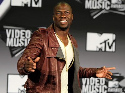 "In this Aug. 28, 2011 file photo, comedian Kevin Hart poses backstage at the MTV Video Music Awards in Los Angeles. Hart will be starring in the standup comedy movie, ""Laugh at My Pain,"" premiering Sept. 9. (AP Photo/Chris Pizzello, file)"