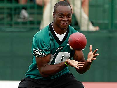Jeremy Maclin suffered a hip pointer injury in Sunday´s game against the Browns. (Yong Kim/Staff file photo)