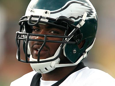 Brandon Graham lined up inside in the Eagles´ nickel package for a portion of today´s practice. (David Maialetti/Staff Photographer)