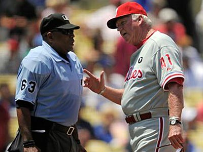Charlie Manuel argues with the umpire during the Phillies´ win over the Dodgers on Wednesday. (Mark J. Terrill/AP)