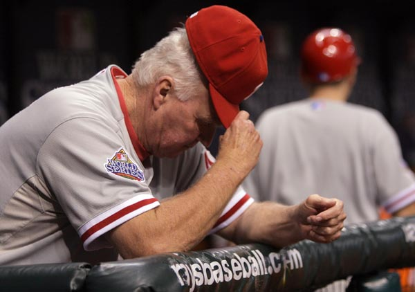 Charlie Manuel watches from the dugout near the end of World Series Game Two at Tropicana Field October 23, 2008. ( Yong Kim / Staff Photographer ) (The Philadelphia Inquirer and Daily News ) World Series Game 2 - Phillies at Rays