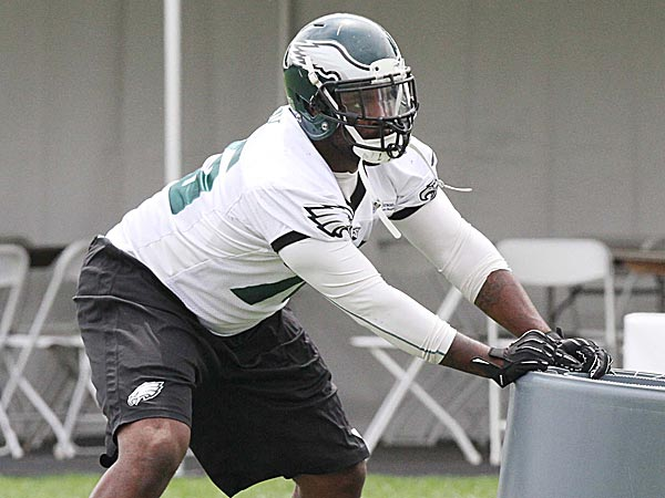 Eagles defensive lineman Vinny Curry. (David M Warren/Staff Photographer)