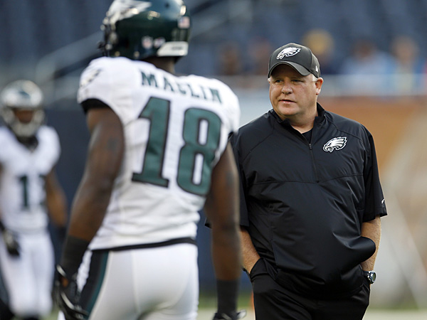Eagles wide receiver Jeremy Maclin and head coach Chip Kelly. (Yong Kim/Staff Photographer)